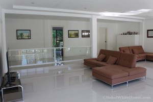 Bohol White House In Lila009