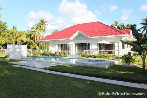 Bohol White House In Lila030