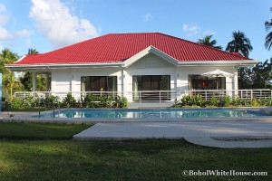 Bohol White House In Lila040