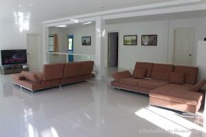 Bohol White House In Lila050