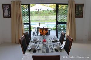 Bohol White House In Lila064