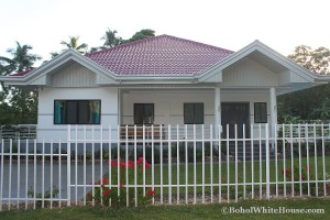 Bohol White House In Lila076