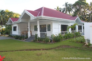 Bohol White House In Lila079