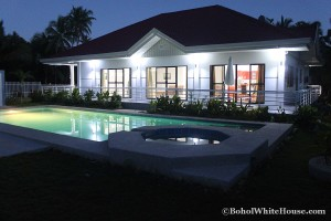 Bohol White House In Lila086