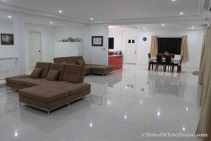 Bohol White House In Lila108