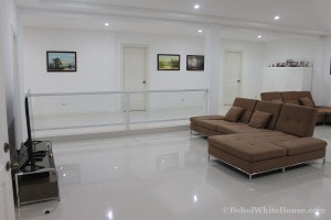 Bohol White House In Lila109