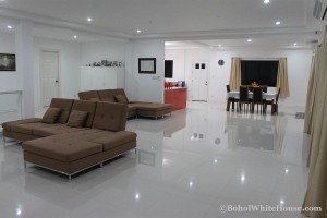 Bohol White House In Lila111